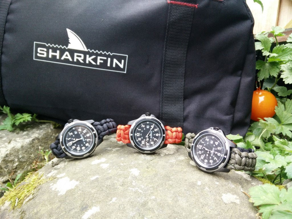 Sharkfin-micro-brand-watch-bag