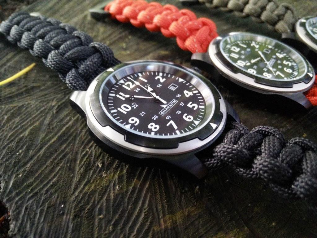 Sharkfin-micro-brand-watch-close-up