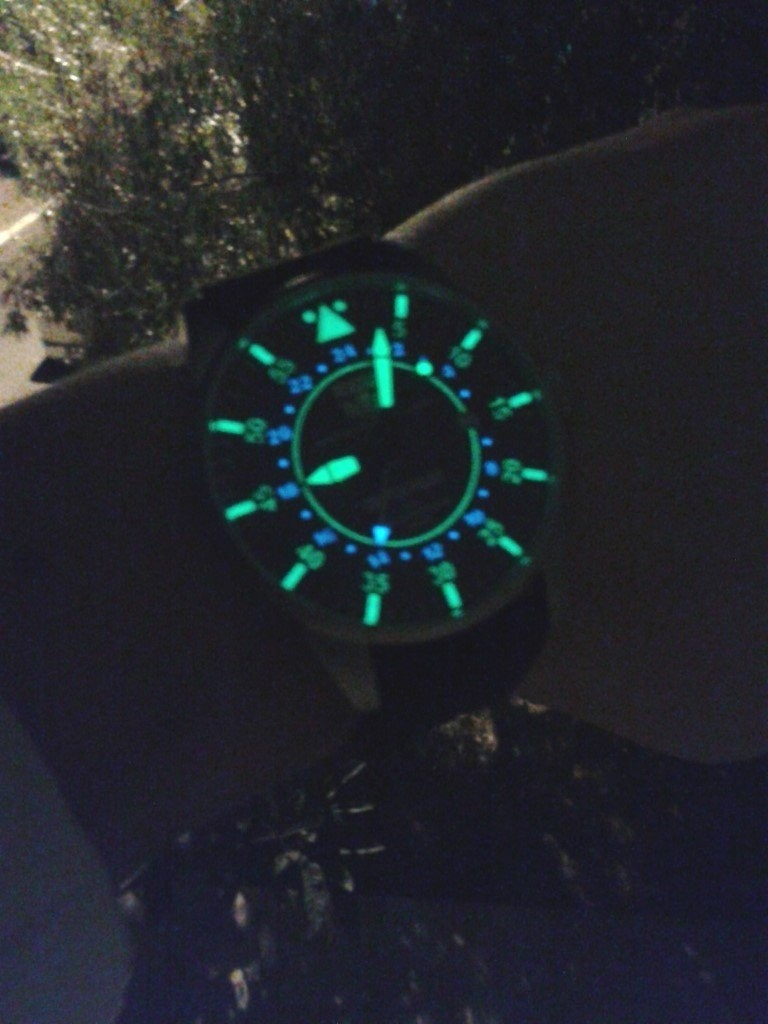 MEW 005 DEPTH PILOT lume watch