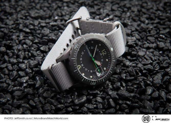 komrade military field watch stones