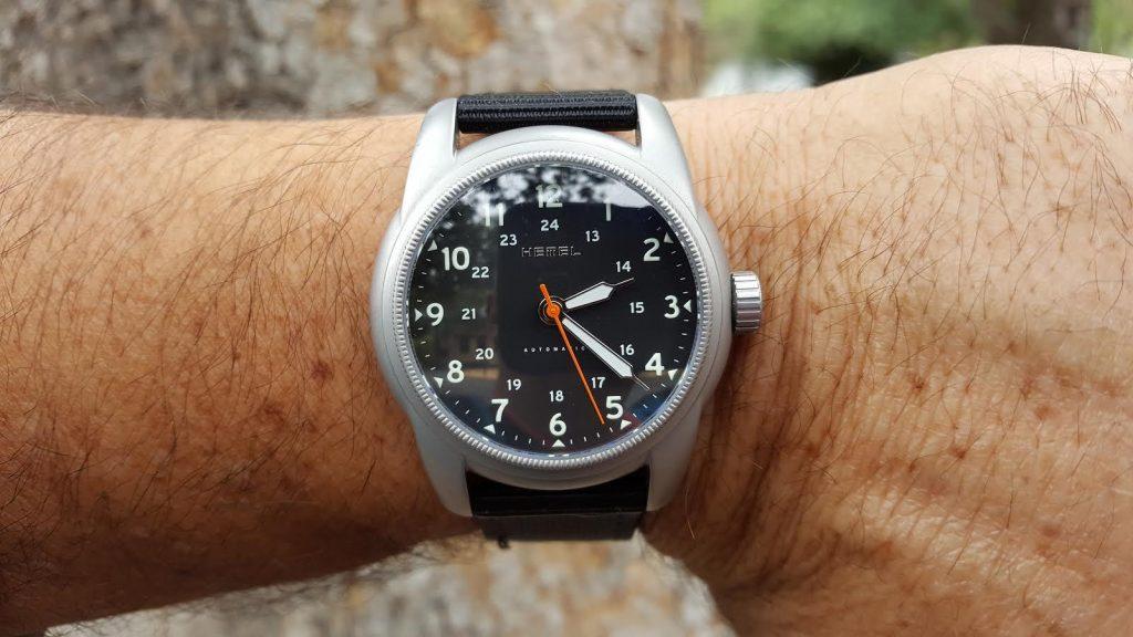 hemel-wristshot