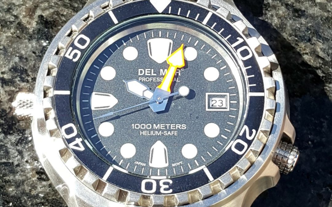 Hands on review – Del Mar Pro Dive Watch 1000M Helium Valve