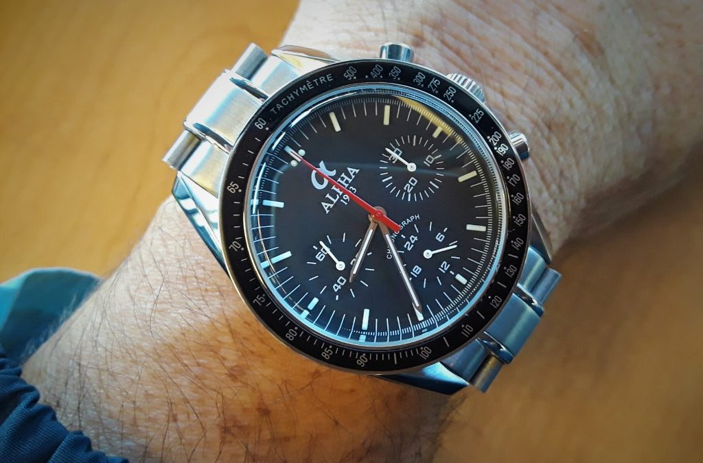 To the Moon and Black – Alpha M1957-Black Review